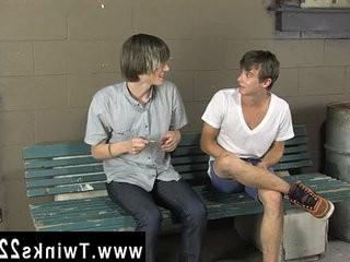Porn tub gay emo boy Ashton Rush and Casey Jones are being very kinky | being  boys  emos hot  gays tube  kinky  studs