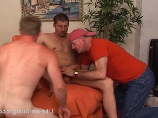 Me and married Ben work on dude. | blowjobs   dudes   married   works male