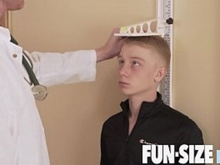 FunSizeBoys - Giant hung doctor fucks tiny blond twink bareback | bareback   blonde   doctors   fucking   hung hq   tiny guy
