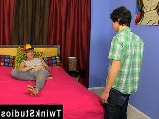 Gay twinks Josh Bensan is stunned by Preston Andrews huge... | gays tube  huge gay  trimmed  twinks