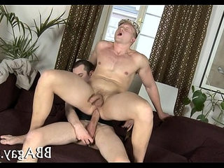 Hunk is an awesome penis sucker | hunks best  penis